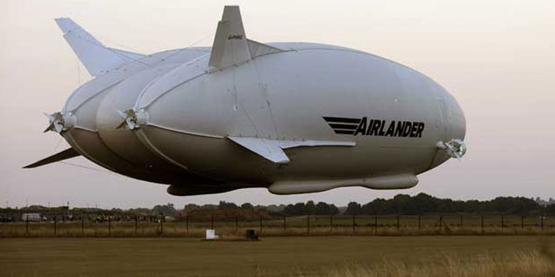 Airlander-10-is-worlds-largest-plane-airship-embarks-on-first-flight-from-CardingtonEngland-indialivetoday