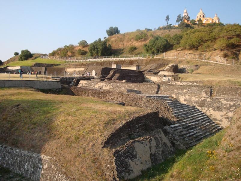 cholula_piramide