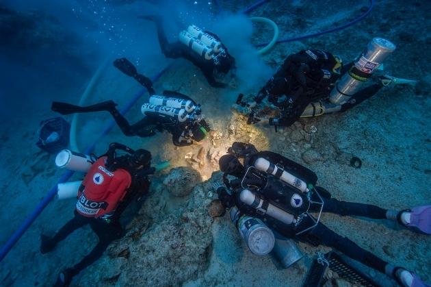 skeleton-antikythera-shipwreck