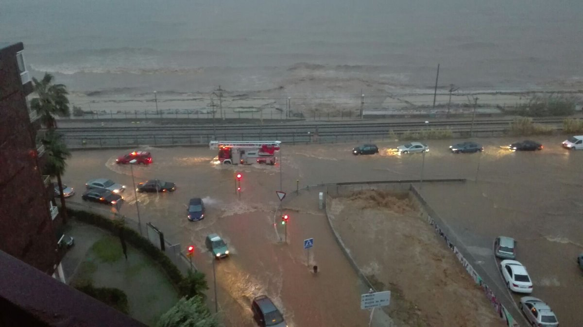 Flooding in spain earth chronicles news - Vilassar de mar fotos ...