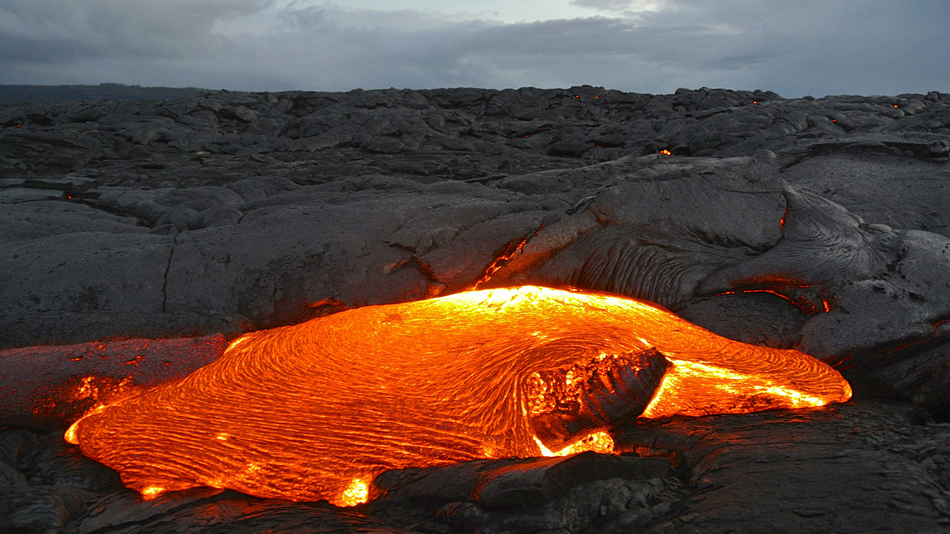 vulkan_kilaueha_lava