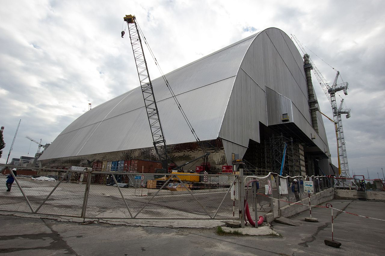 new_safe_confinement_at_chernobyl_nuclear_power_plant_october_2016_1