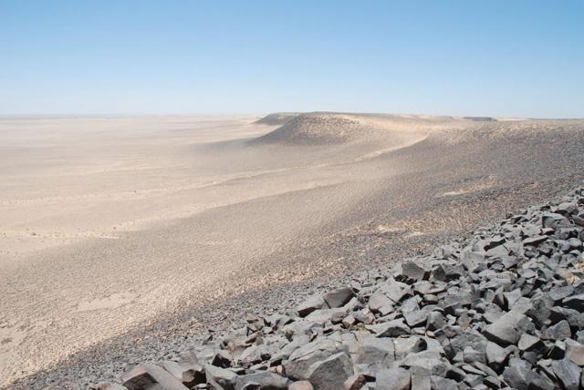 small-petroglify-v-iordanii-2