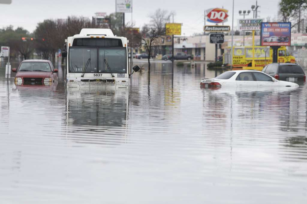 Flooding in Houston, Texas, USA | Earth Chronicles News